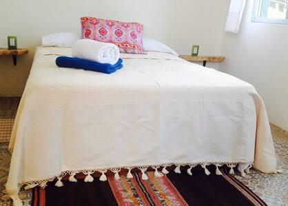 El Camino Guesthouse room 1