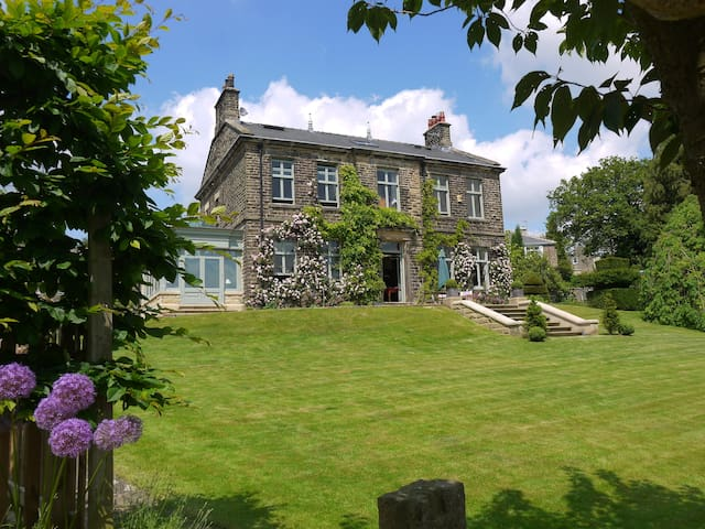 Grand Victorian House - luxury B&B - Hathersage - Wikt i opierunek
