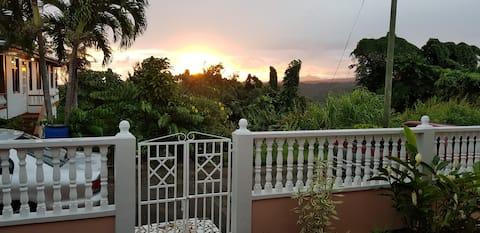 Tinays Caribbean Holiday let  SpaciousBungalow🇩🇲