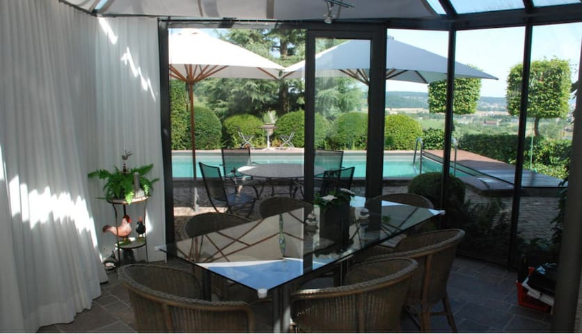 BASELWORLD - 5 bedroom house - Pfeffingen - Talo