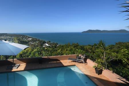 Villa Amavi, South Mission Beach