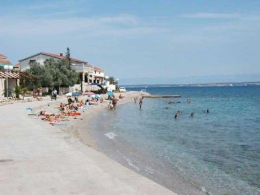 One of the many beaches in Preko