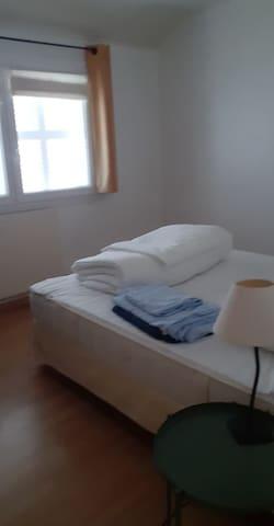 Chambre 2 - 1er etage - lit double 160 -