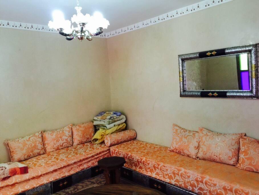 1 chambre dans duplex familial