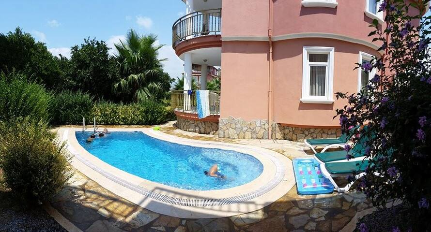 private poolvilla, 200 m from beach - Payallar