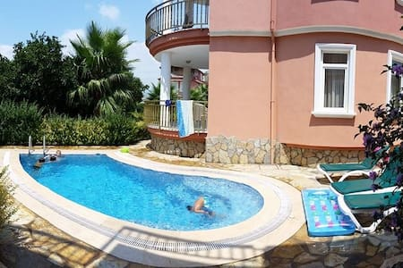 private poolvilla, 200 m from beach - Payallar - Vila