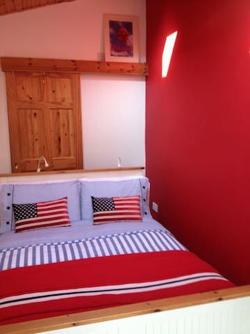Ground-floor cosy double ensuite + kitchenette 5* - Galway - Casa