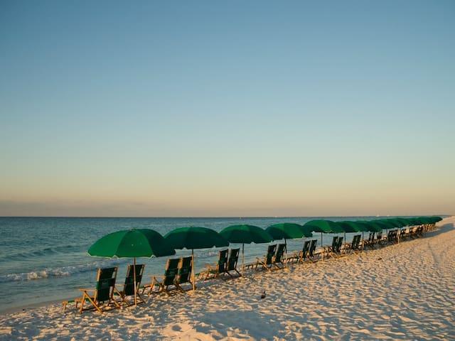 Destin's Best Beach Condo in Pelican Beach Resort