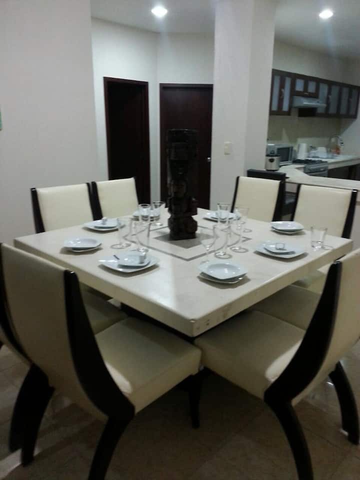 Beautiful apt 2BR Pool,private complex Pto Morelos