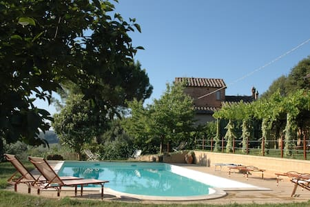 Agriturismo Fontecastello - ideals for couples - Montepulciano