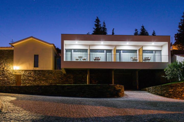FEELNATUR DOURO LAS HOUSES - Carvalho - Dom