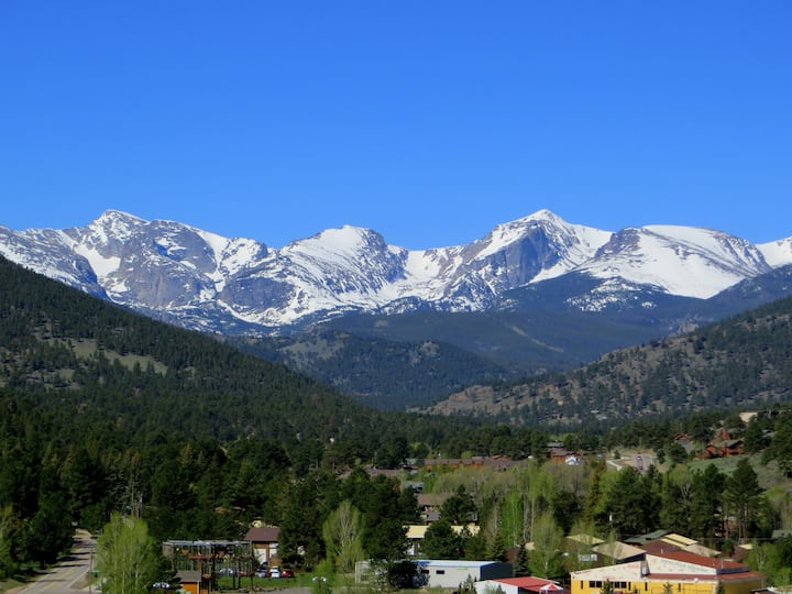 Rocky Vista - Stunning Views