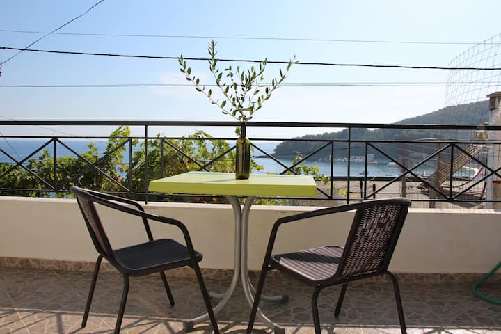 Beachside Villa/Apartment #C (Free WIFI)
