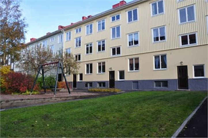 Nice apartment 10 minutes from town with bus/trams - Göteborg - Pis