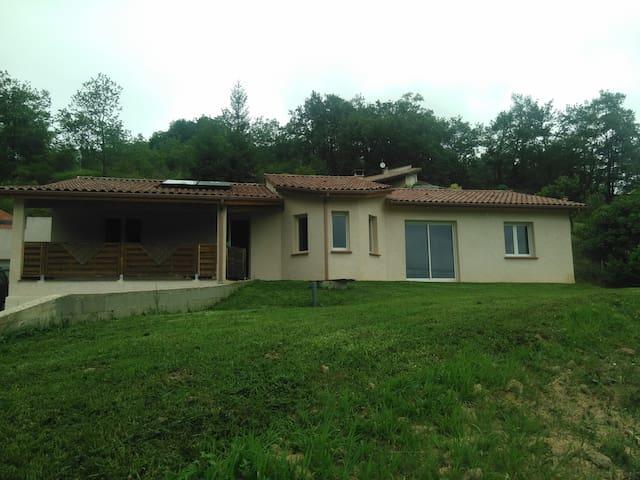 Maison à Loubens Ariège - Varilhes - House
