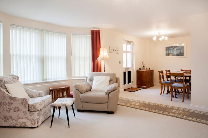 Dawlish G/F Seafront Apartment - Dawlish - Flat