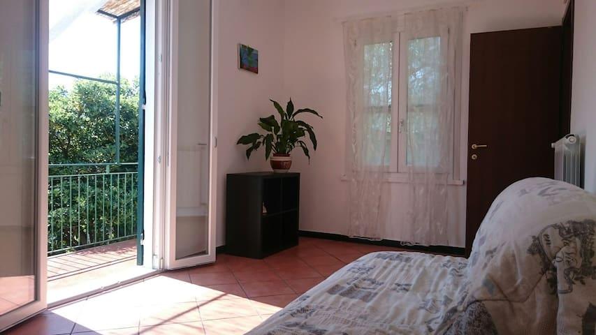 appartamento in prima collina a Rapallo - ราปัลโล - อพาร์ทเมนท์