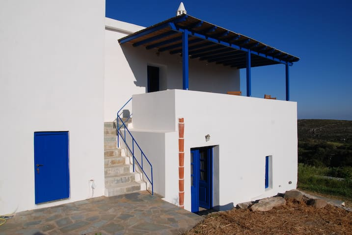 Typical greek house with dependance - Alexandrades - Casa