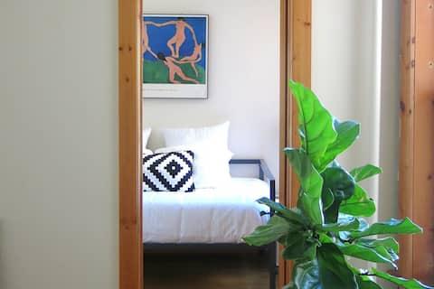 Bright, Modern, Cozy Room in Brooklyn Artist's Apt