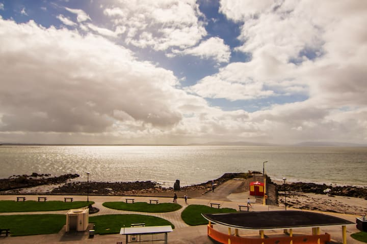Galway Marine View 2 Bed Apartments in Salthill 8
