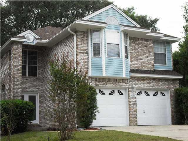 Affordable  Master Bedroom Near UWF with  TV.