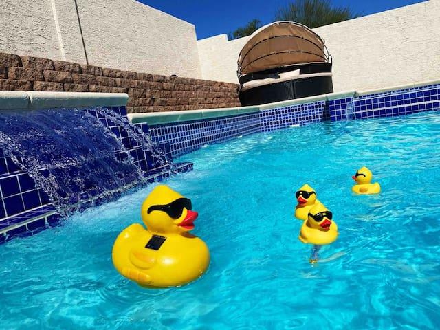 20%on June J' NEW Luxury 3b pool & Amazing Juccuzi