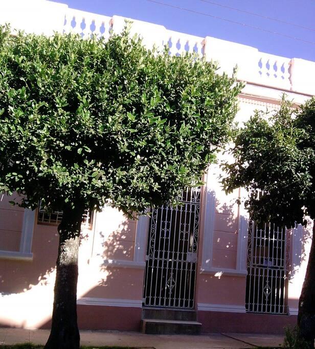 Rent House Guanara