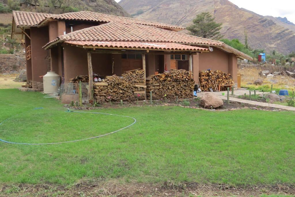 House & Yard