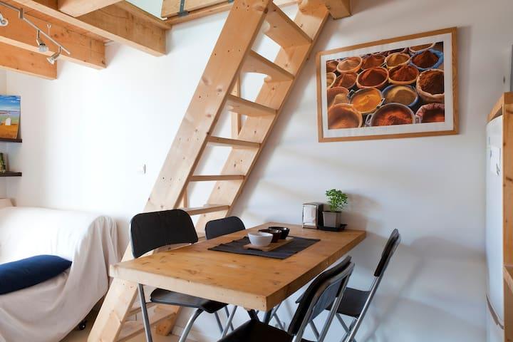 Duplex calme & ensoleillé 2x2 pers.