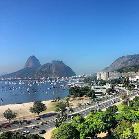 MIRA-MAR (Frente total para o mar de Copacabana)