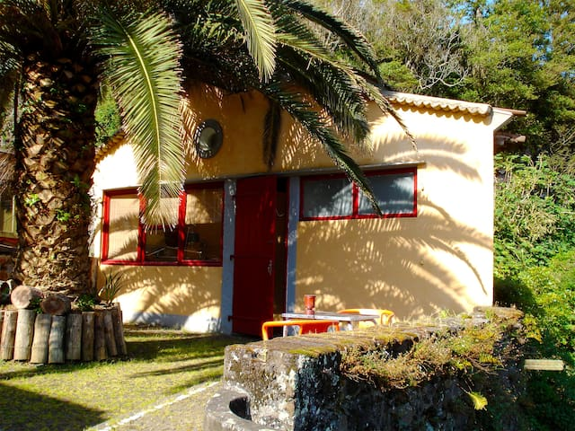 Mãe d´Água - Riverside Cottage - Ribeira Grande - Hus