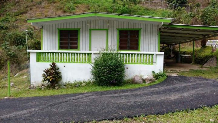 Casa de campo al río en el Jurutungo, Ponce