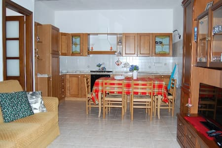 Apartment for rent 16 km away from the sea - Padru - Apartment - 2