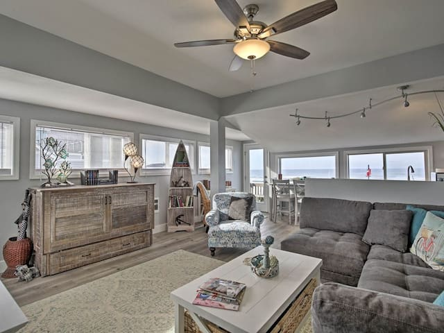 NEW! Oceanfront Newport Condo w/Deck & Views!