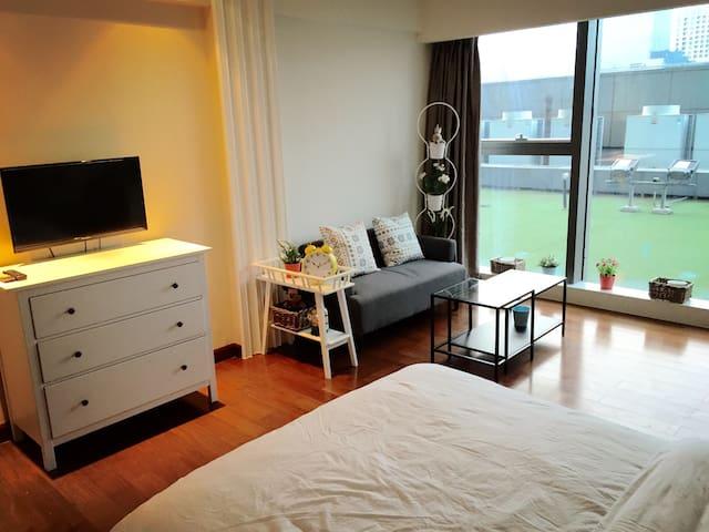【懂生活】温馨大床房 豪华五星酒店式公寓 文化广场