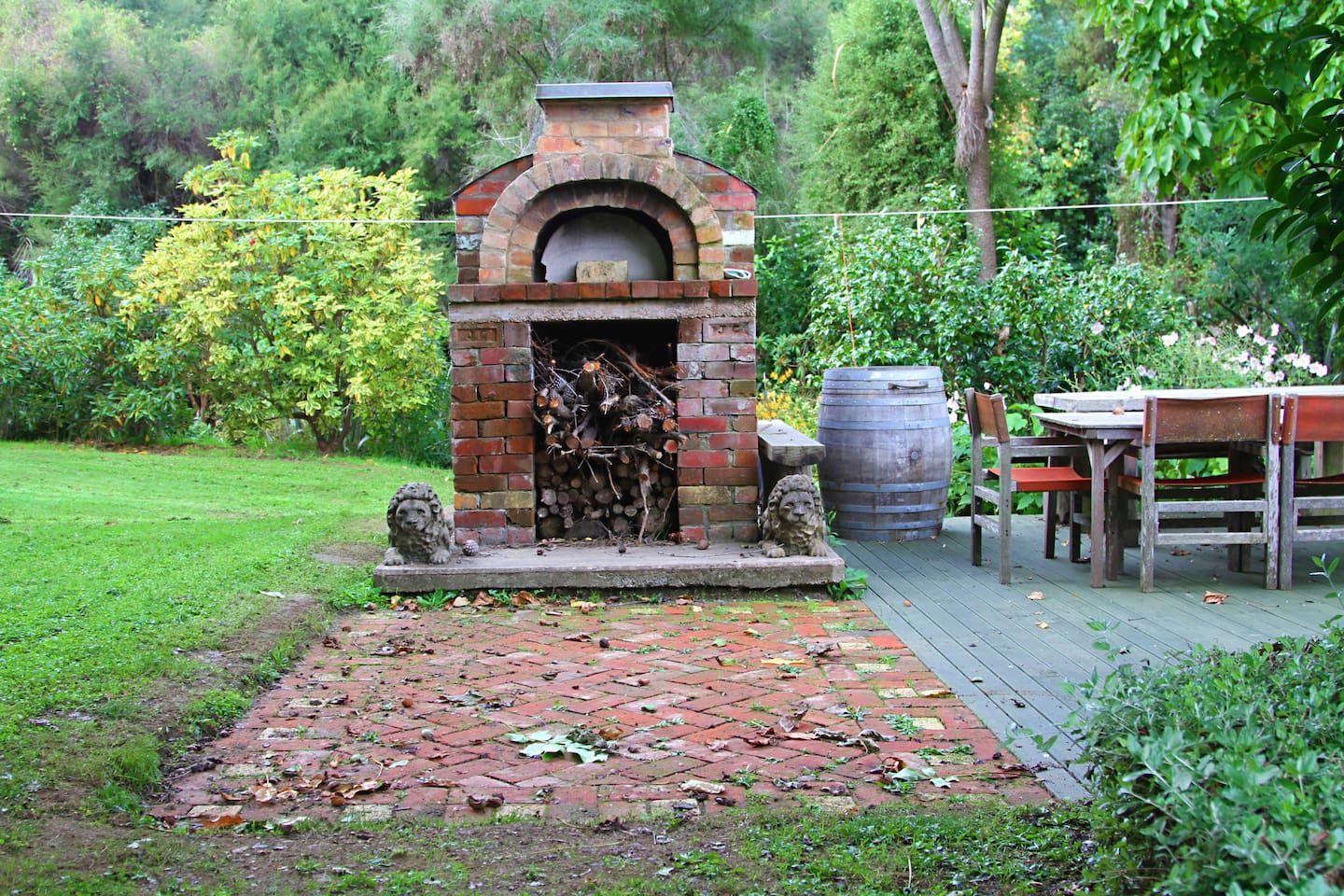 Pizza oven and courtyard.