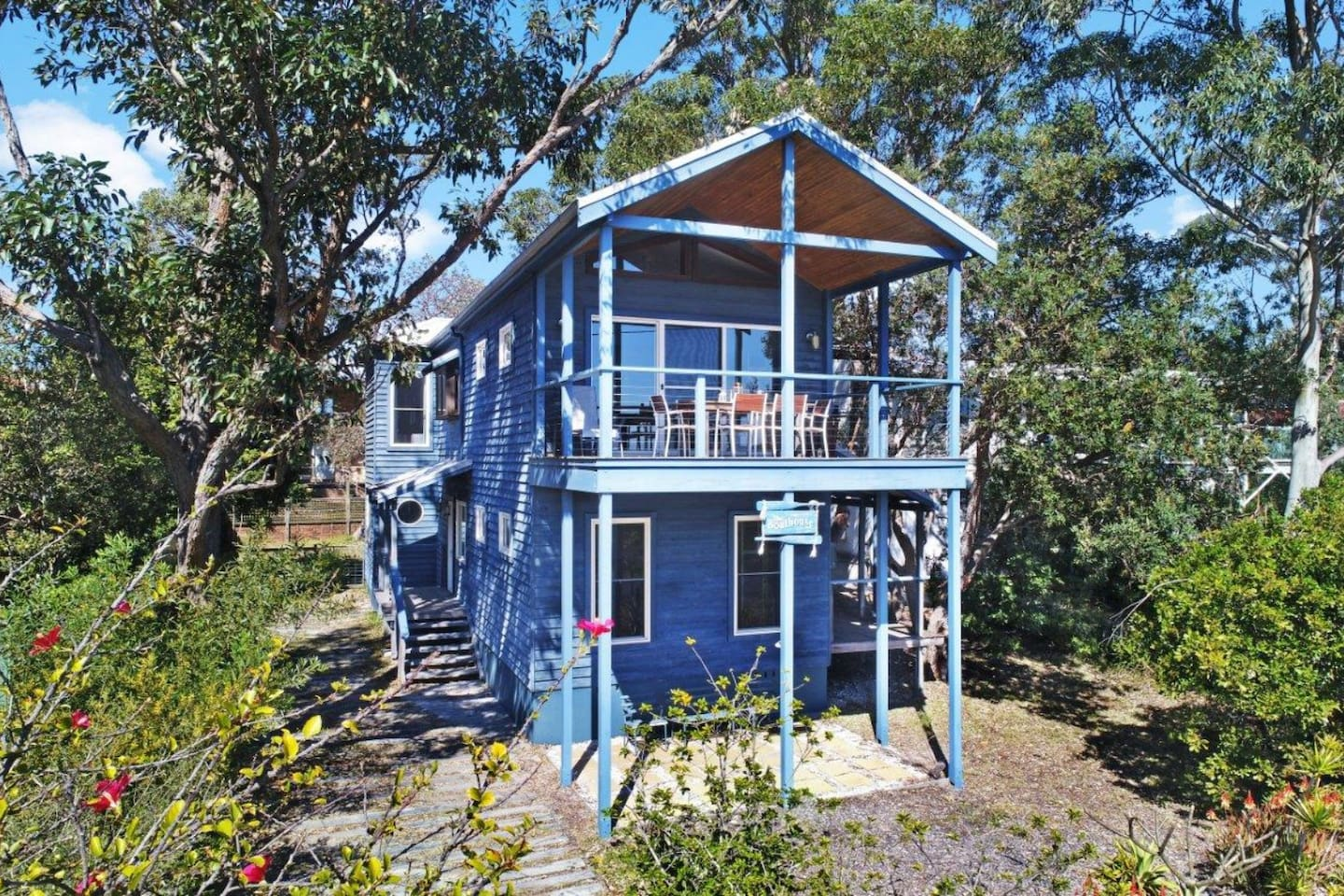 The Boathouse. Winda Woppa. A comfortable, coast styled, holiday home with lots of outside areas and lovely views.