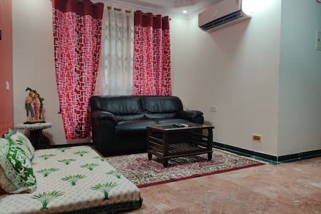 Relaxing 1 BHK in Hiranandani Estate Thane West
