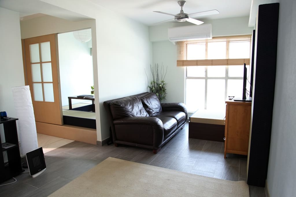 Lounge and dinning room. Wifi available.