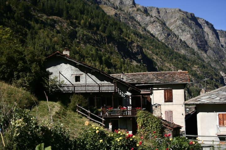 casetta di montagna - rhemes saint georges - Talo