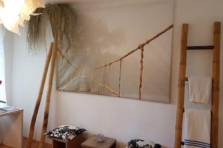 DESIGNER`s flat with garden - Oldenburg - Appartement