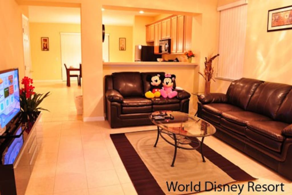Sweet Home Vacation: Paradise Cay #2 (Living Room)