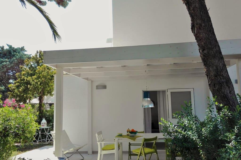 Patio con tettoia