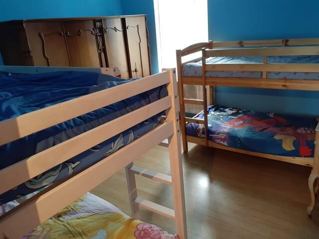 Chambre privée 4  lits