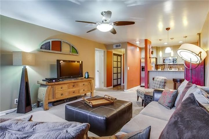 Beautifully Renovated Apartment - Dallas - Apartment