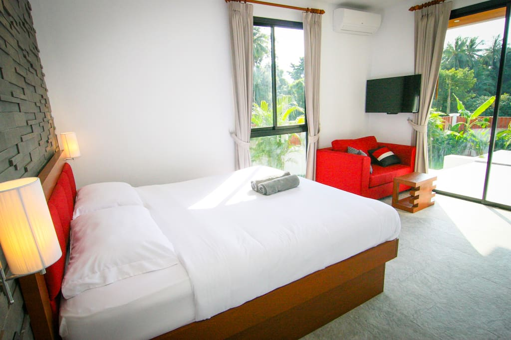 Wake up and have private breakfast in your room. Garden and pool view, open the door and jump to the pool.