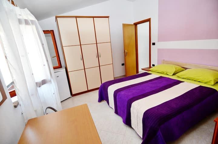 Dado room 1