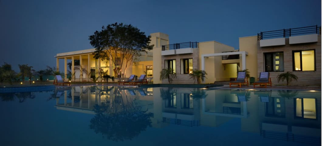 Luxury in the Jungles of Ranthambhore!