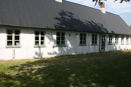 Really nice country house at Femø - Maribo