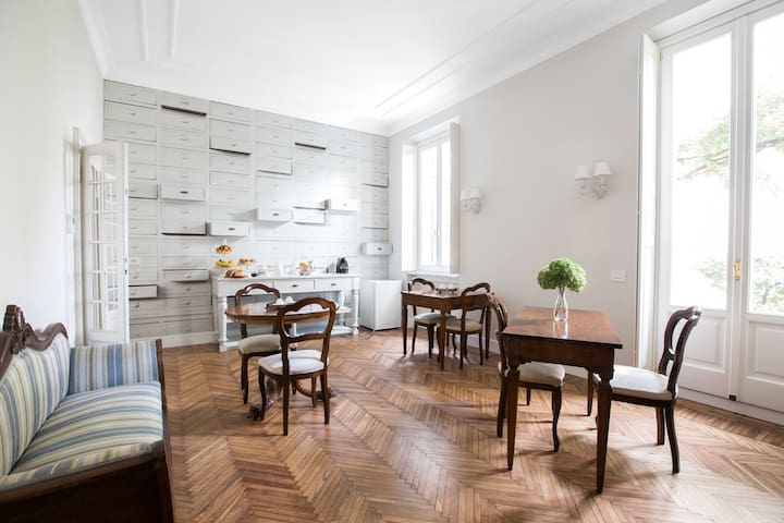Luxury  B&b  in Milan - Mailand - Bed & Breakfast